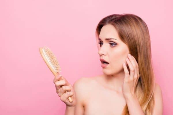 afinamento-capilar-tratamento-para-queda-de-cabelo-produtos-para-queda-de-cabelo-tratamento-capilar-para-queda-de-cabelo-como-combater-a-queda-de-cabelo